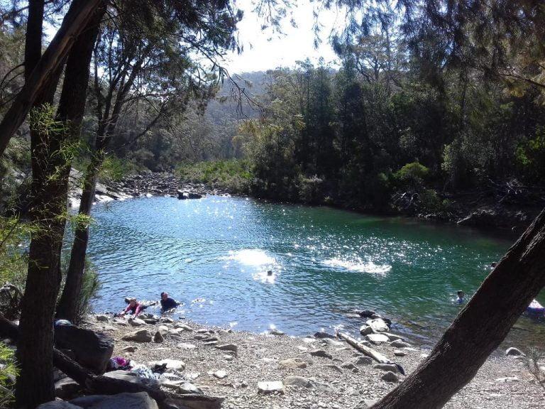 apsley river waterhole douglas apsley national park tasmania 768x576