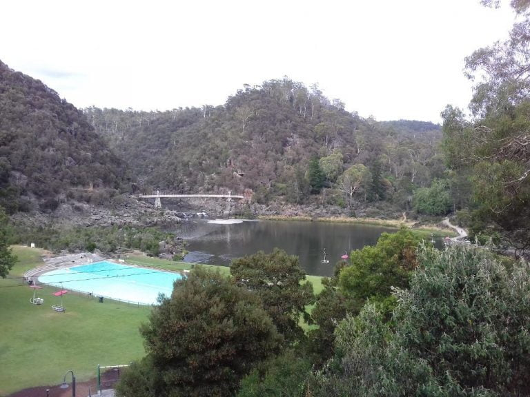 cataract gorge launceston tasmania 768x576