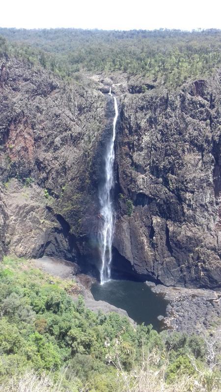 wallaman falls queensland